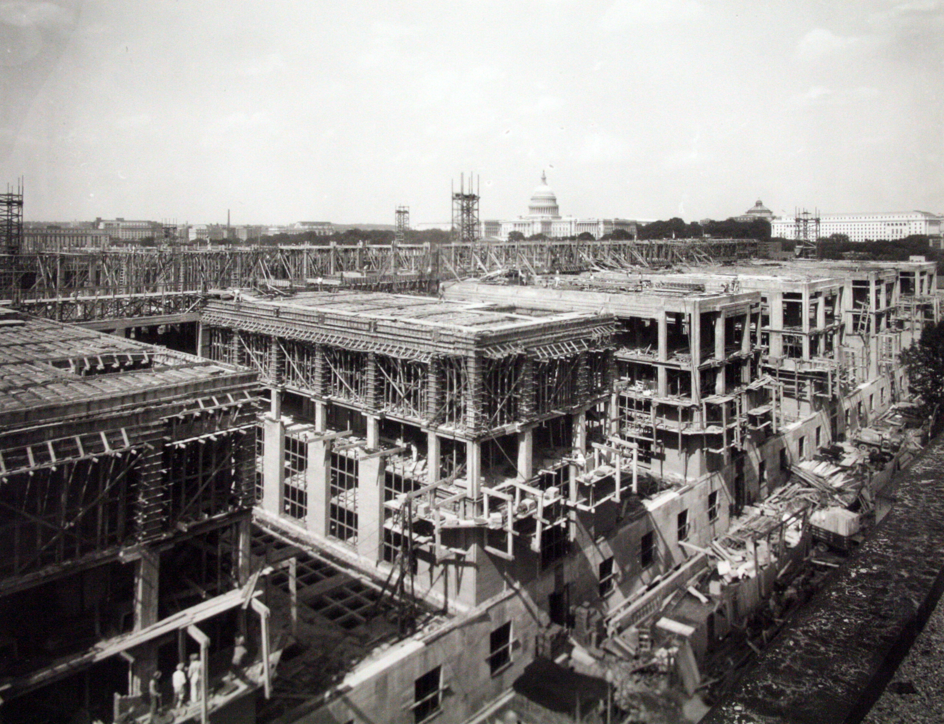 Wilbur J. Cohen Federal Building, View of Mid-Building Construction from C Street SW, 1939.