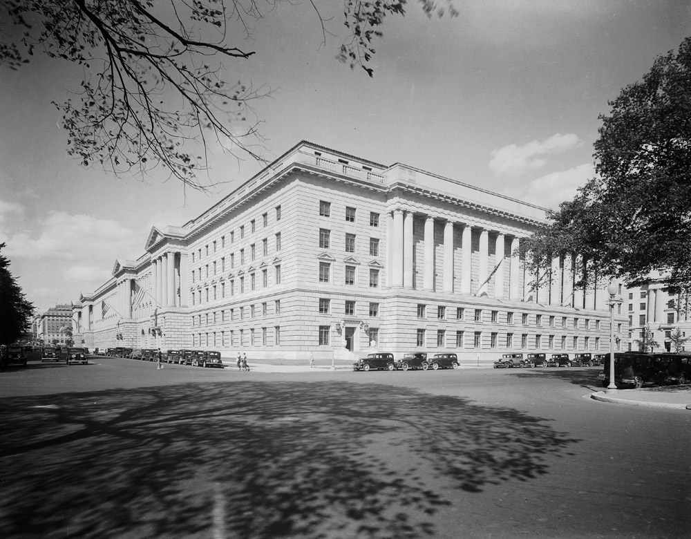 Herbert C. Hoover Federal Building (Commerce)