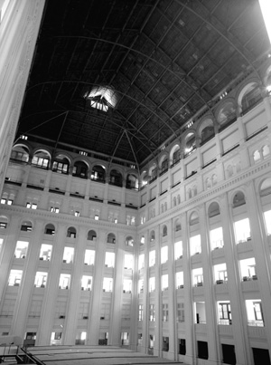 The atrium of the Old Post Office, prior to revitalization efforts in the late 20th century.