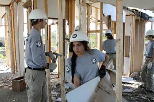 Americorps members working on flood recovery in Texas