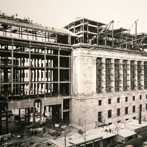 Construction of the limestone façade along 14th street
