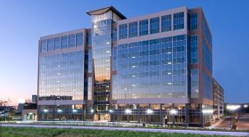 Exterior full-view of Norman Pointe II leased Federal Building