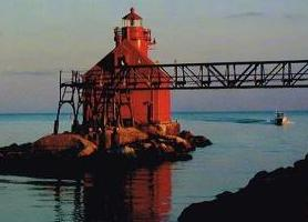 Long shot of Sturgeon Bay lighthouse