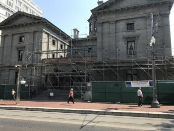 Pioneer Courthouse, Portland, OR, with exterior scaffolding and construction fencing partially around the building